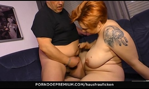 HAUSFRAU FICKEN - Cum apropos mouth of abnormal adult German newbie